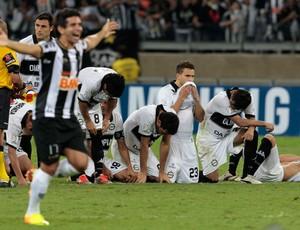 Guilherme, Atlético-MG x Olimpia (Foto: Reuters)
