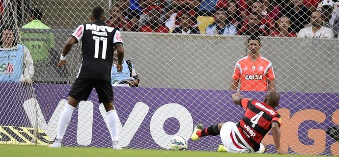 Samir gol contra Flamengo x Atlético-MG (Foto: André Durão)