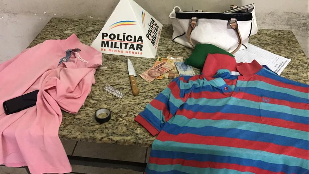 Assaltante tentou se livrar da bolsa da vítima (Foto: Polícia Militar/Divulgação)
