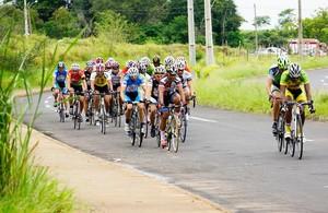 Quinta etapa é neste domingo, em Bastos; times de Prudente lutam pelo pódio (Foto: Sergio Sakate / Cedida)