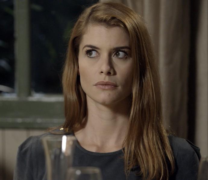 Lívia parece não acreditar no show de Melissa (Foto: TV Globo)