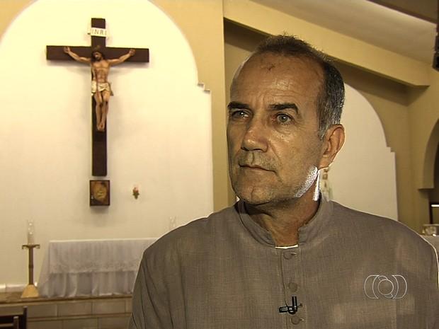 Padre Luiz Augusto servidor fantasma Goiânia, GOiás (Foto: Reprodução/TV Anhanguera)