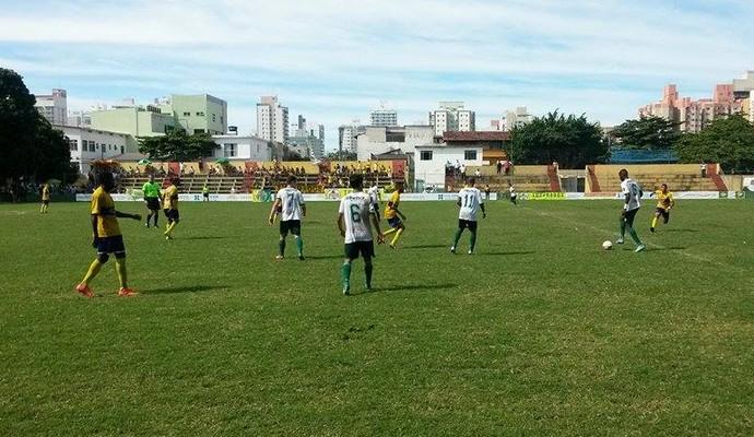 Tupy-ES e GEL empataram por 1 a 1 (Foto: Richard Pinheiro/GloboEsporte.com)