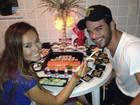 Sidney Sampaio faz 34 anos, ganha jantar e se declara para Nakamura