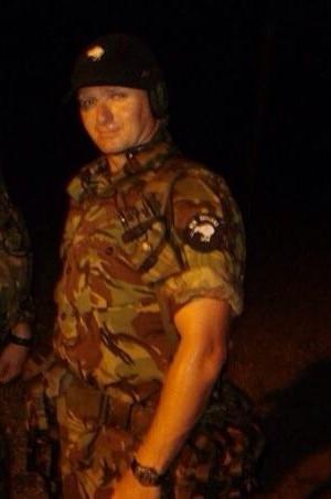 Chris Neill serviu o exército por 20 anos (Foto: Arquivo pessoal)