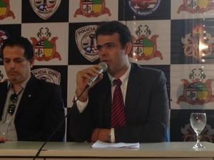 """Delegado Roberto Fortes, responsável pela """"Operação Imperador"""" (Foto: Clarissa Carramilo / G1)"""