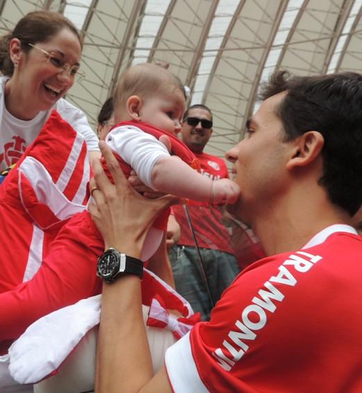 no colo  da torcida (Tomás Hammes/Globoesporte.com)