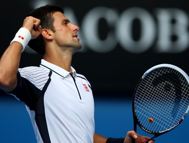 Novak Djokovic comemora mais uma vitória no Aberto da Austrália (Foto: Getty Images)