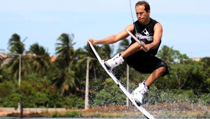Jefferson Ramalho é um dos destaques do wakeboard em Boa Vista (RR) (Foto: Arquivo pessoal)