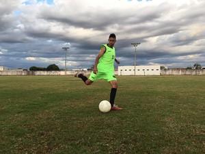 Clube segue com jogadores profissionais, até 23 anos (Foto: Pirapora FC/Divulgação)