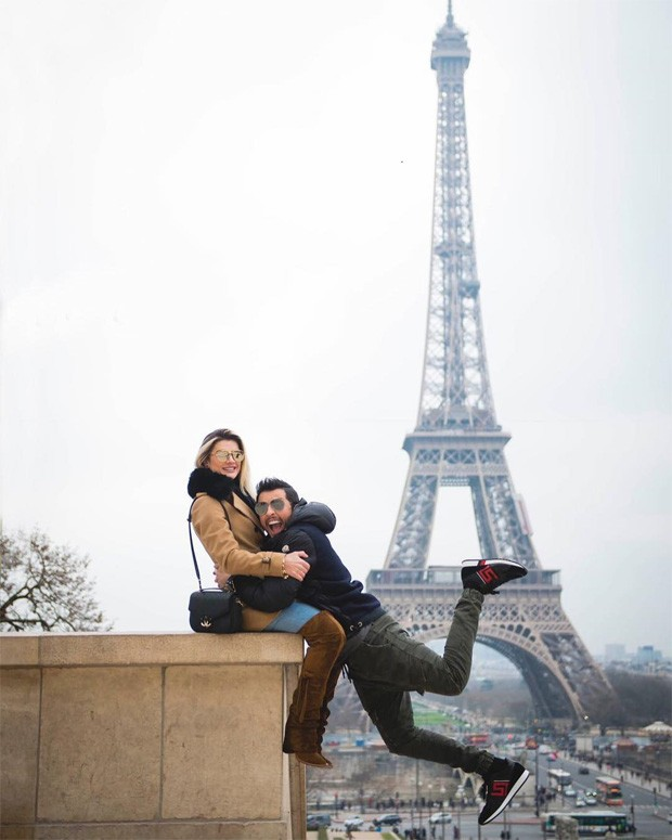 Meet for dating in Paris over 20