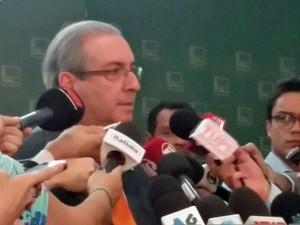 O presidente da Câmara, Eduardo Cunha (PMDB-RJ), fala a jornalistas sobre recurso contra liminar sobre o impeachment (Foto: Marianna Holanda/G1)