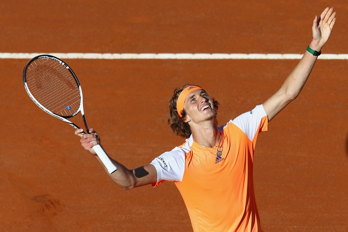 Alexander Zverev comemora classificação para final no Masters 1000 de Roma (Foto: Getty Images)