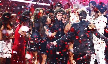 Sam Alves é o grande campeão com 43% dos votos (The Voice Brasil/TV Globo)
