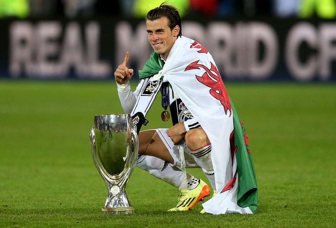 gareth bale Real Madrid troféu supercopa da europa (Foto: Agência Reuters)