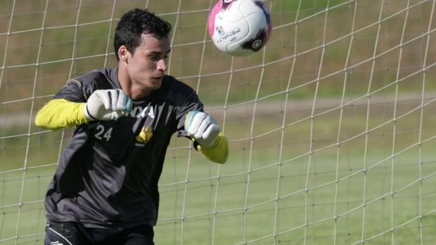 Bruno, goleiro do Criciúma (Foto: Fernando Ribeiro / Criciúma EC Divulgação)