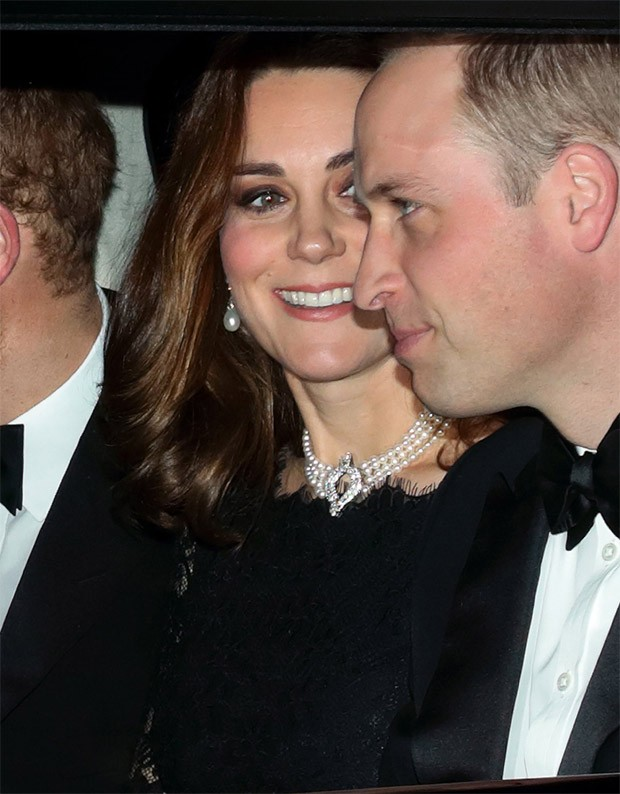 Kate Middleton com colar da Rainha Elizabeth (Foto: Getty Images)