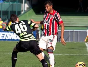 Henrique e Vinícius jogo Coritiba e São Paulo (Foto: Hedeson Alves / Futura Press)