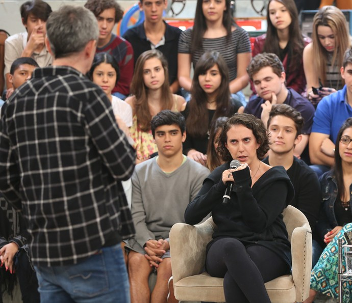 Serginho Groisman entrevista Jout Jout no Altas Horas (Foto: Carol Caminha/Ghsow)