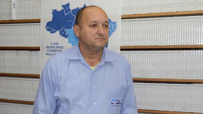 Paulo Tihamer, gerente de programação da TV Tapajós, confirmou que o jogo entre Cruzeiro e São Francisco será transmitido pela TV Tapajós (Foto: Adonias Silva/G1)