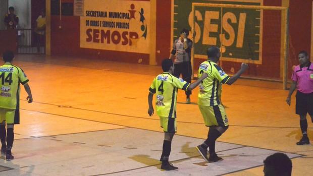 Glória vence Sergipe por 6 a 0 (Foto: João Áquila / GLOBOESPORTE.COM)