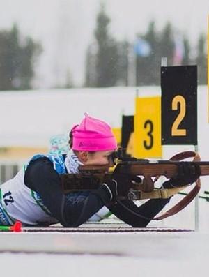 Alina Jakimkina biatlo (Foto: Reprodução / biathlonrus.com)