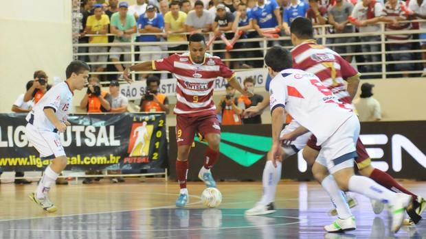 Jé, do Orlândia, na final da Liga Futsal contra Joinville (Foto: Luciano Bergamaschi / CBFS)