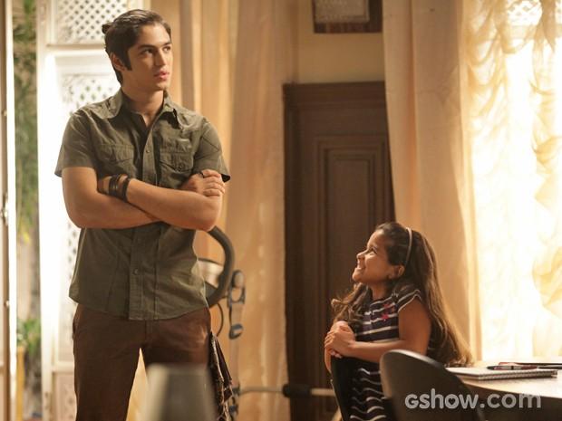 Antônio nada satisfetio ao saber que Anita está em seu quarto (Foto: Pedro Curi / TV Globo)