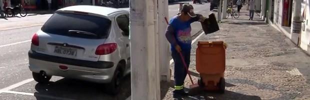 Limpeza urbana, Pouso Alegre, MG (Foto: Reprodução EPTV/Edson de Oliveira)