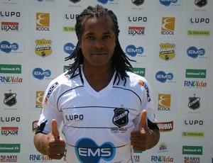 Jeff Silva é o novo lateral-esquerdo do ABC (Foto: Divulgação/ABC)