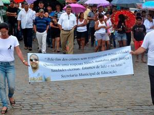 Professor foi enterrado em cemitério de Santaluz, na Bahia (Foto: Uoston Pereira/ Site Notícias de Santaluz)