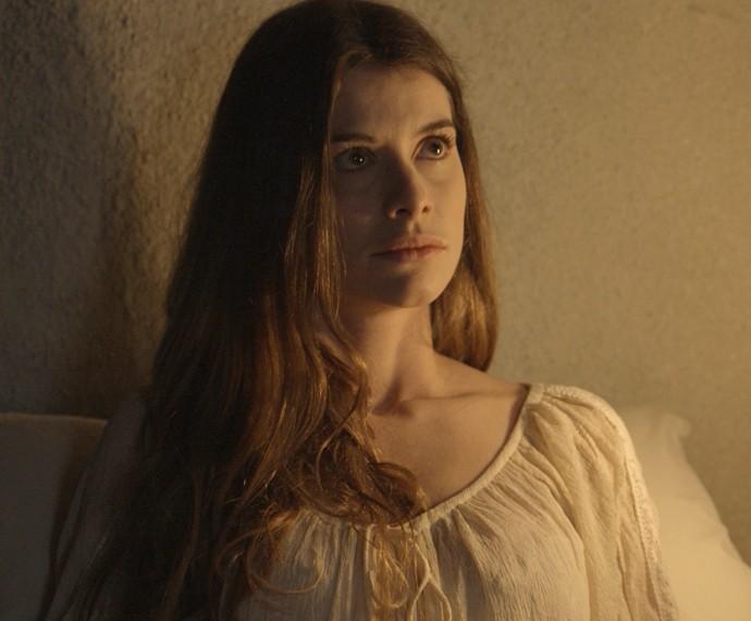 Lívia fica chocada com as palavras de Melissa (Foto: TV Globo)
