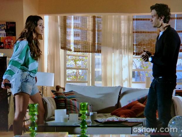 Luiza quer dar um tempo com Laerte (Foto: Em Família/ TV Globo)