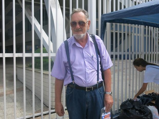 Aposentado retomou curso de direito após 50 anos. (Foto: João Paulo de Castro/G1)