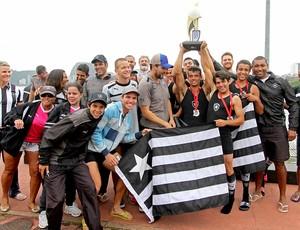 Botafogo campeão remo regata (Foto: Vitor Silva / SSPress)