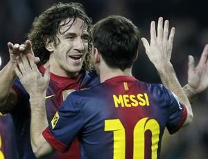 messi e puyol barcelona gol zaragoza (Foto: Agência Reuters)