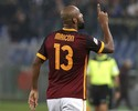 Maicon dá assistência e faz gol em vitória do líder Roma sobre o Udinese