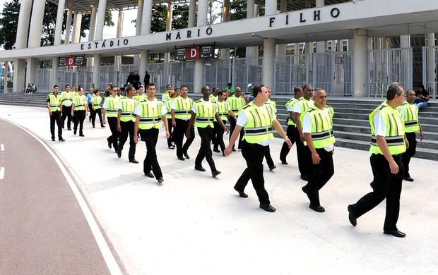 Especial Funcionários consórcios Maracanã   (Foto: Andre Durão)