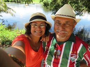 Camila e o seu pai vão juntos fazer preces na Romaria da Penha (Foto: Camila César/Arquivo pessoal)