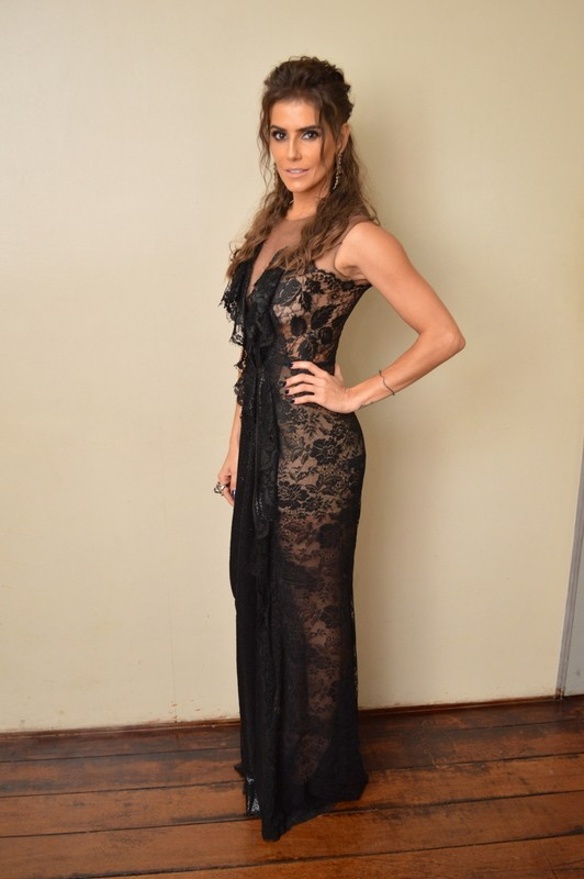 Deborah Secco participa de premiação (Foto: Felipe Souto Maior / AgNews)