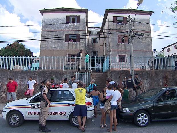 Três morrem depois de serem baleados no bairro Serra Verde, em BH (Foto: Reprodução/TV Globo)