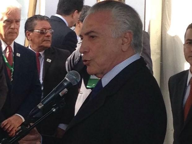 Visita do presidente em exercício, Michel Temer, à nova fábrica da Klabin (Foto: Vanessa Rumor/RPC)