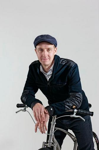 Paul Budnitz é dono da Budnitz Bicycles, uma empresas de bicicletas de luxo  (Foto: Reprodução/Budnitz Bicycles)
