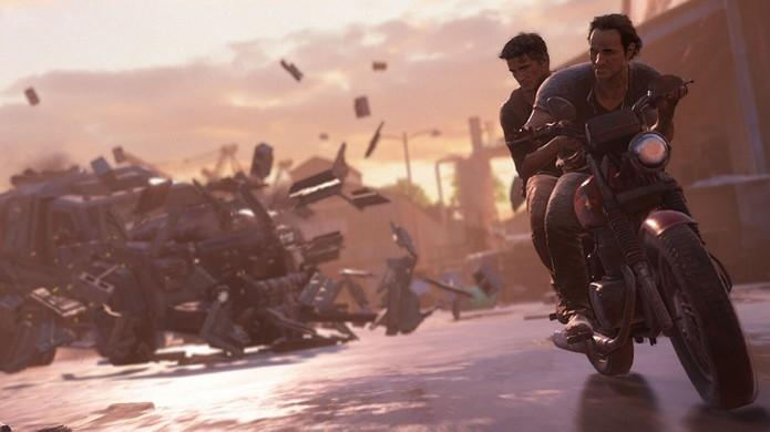 Drake e Sam continuam a perseguição da E3 2015 em Uncharted 4: A Thief's End (Foto: Reprodução/Gear Nuke) (Foto: Drake e Sam continuam a perseguição da E3 2015 em Uncharted 4: A Thief's End (Foto: Reprodução/Gear Nuke))