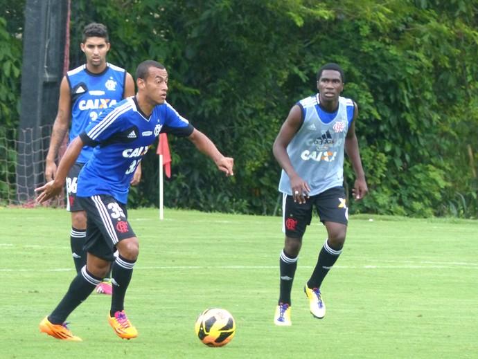 Treino Flamengo Negueba  (Foto:  Thiago Benevenutte)