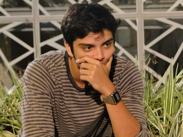 Bruno fica bolado com escapada de Fatinha. Será que a garota vai conseguir conquistar Bruno? (Foto: Malhação / Tv Globo)