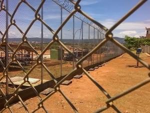 Obras de ampliação estão sendo realizadas no presídio.  (Foto: Alexandre Fonseca/ G1)