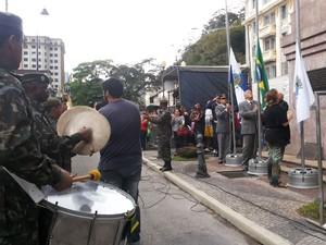 Desfile da Independência é aberto em Petrópolis (Foto: Andressa Canejo/G1)