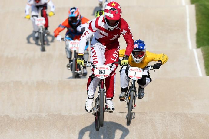 O letão Maris Strombergs tentará o tricampeonato olímpico no BMX no Rio 2016 (Foto: Getty Images)