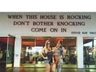Ex-BBBs Clara e Vanessa curtem viagem aos Estados Unidos